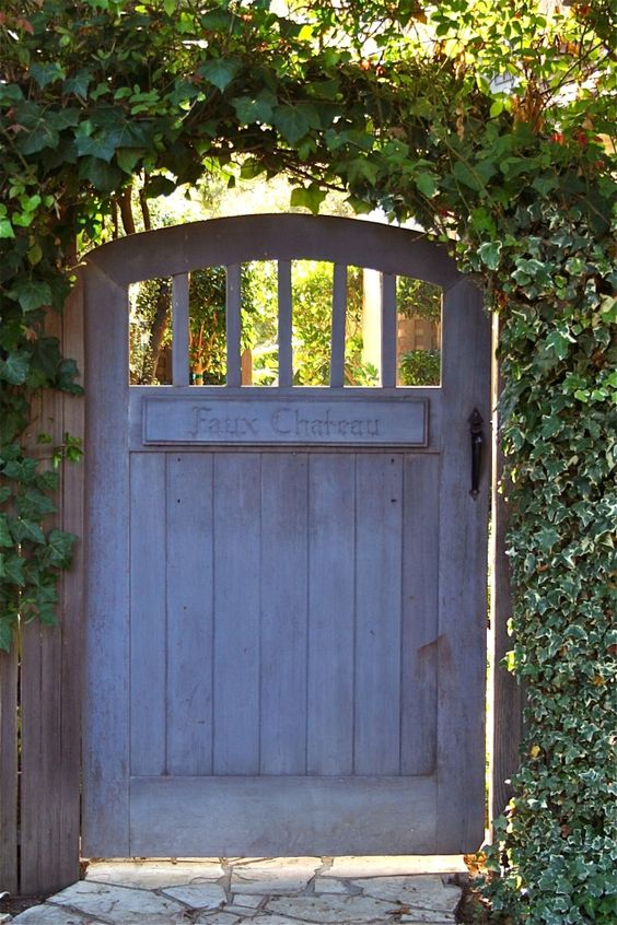 TOP 10 DIY Garden Gates Ideas